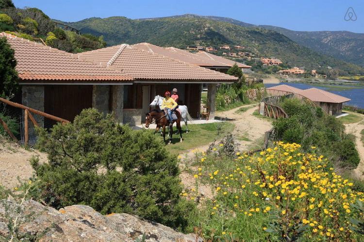 Residenze di Chia Bes