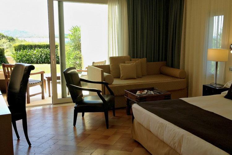 Ea Bianca Luxury Resort